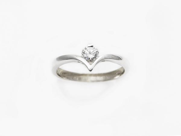 prstan belo zlato